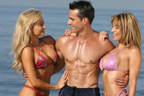 big-muscles-attract-women